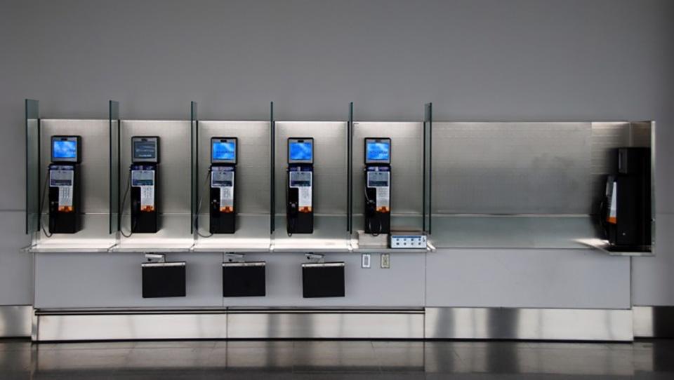 payphones-in-Ontario-and-Atlantic-Canada